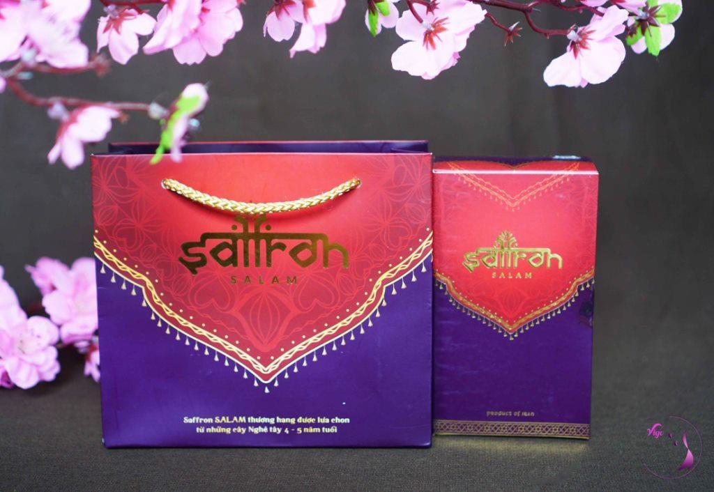 Set quà Tết - Nhụy hoa nghệ tây Salam 1g gồm túi xách và hộp sản phẩm