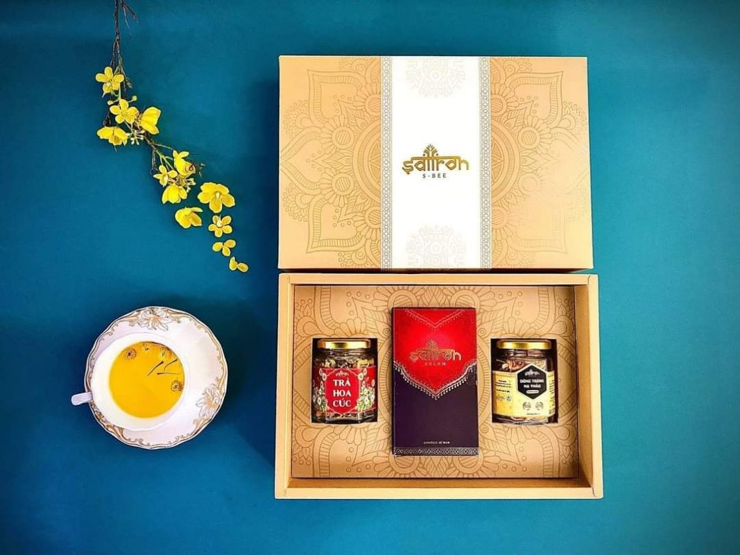 Set quà tặng saffron cao cấp, giá 935k/1 set. Free ship ở Đà Nẵng
